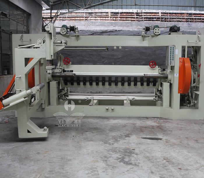 8FT Vertical Spindle Veneer Peeling Machine (4).jpg