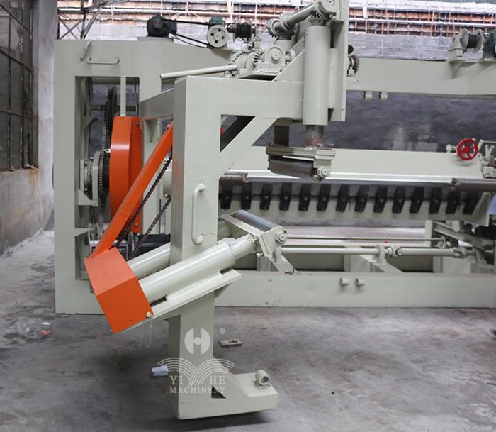 8FT Vertical Spindle Veneer Peeling Machine (1).jpg