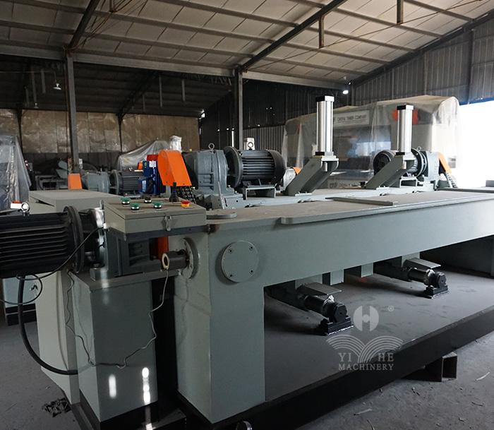 8FT CNC Spindleless Veneer Peeling Machine